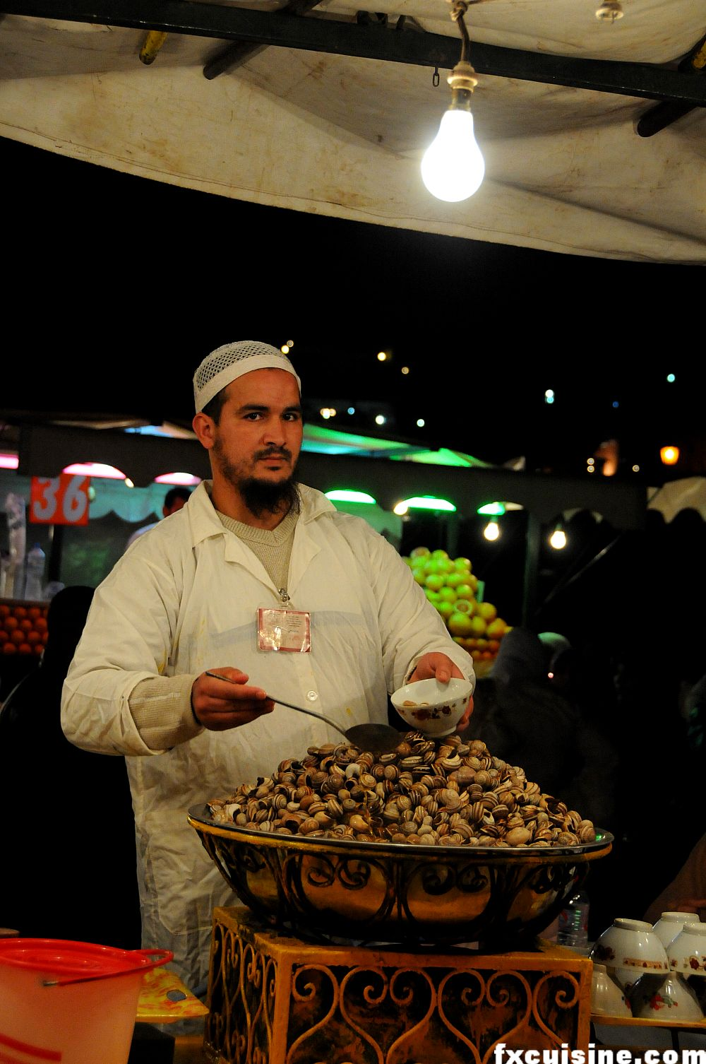 "Back to article &lsquo;<p><a href=""http://fxcuisine.com/zoom-image.asp?image=http://fxcuisine.com/blogimages/moroccan-cuisine/marrakech-jemaa-el-fna/jemaa-jamaa--el-fna-marrakech-food-15-1000.jpg&t=%%t%%""><img src=""http://f&rsquo;"