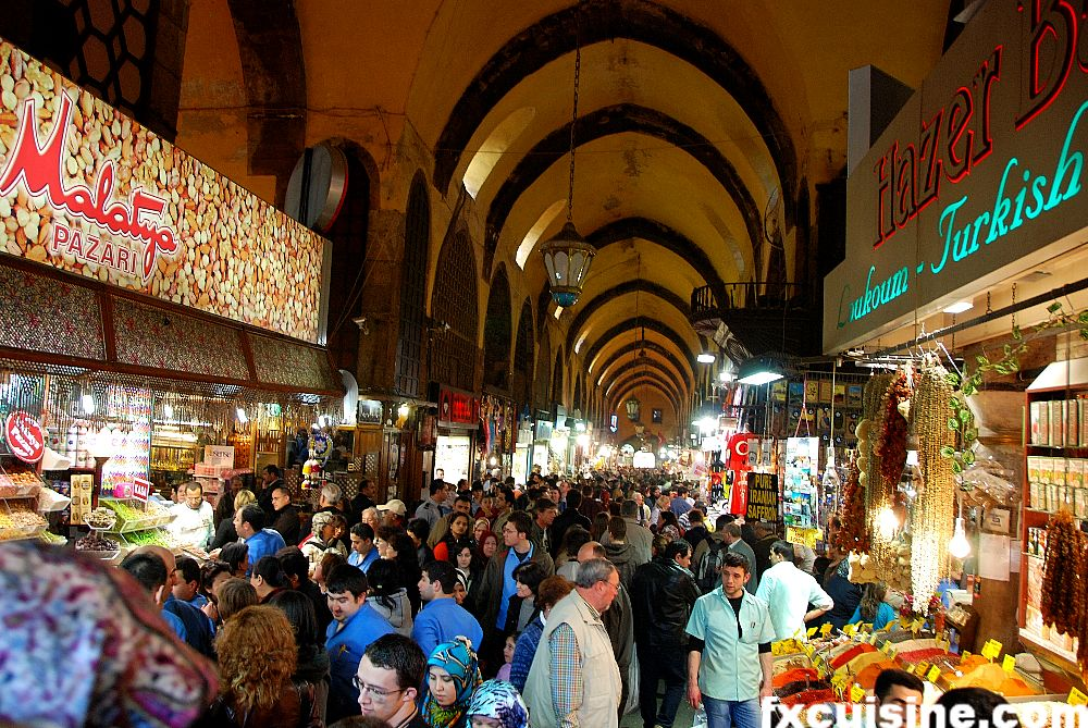 http://fxcuisine.com/blogimages/turkey/istanbul/egyptian-spice-bazar/istanbul-egyptian-bazar-10-1000.jpg